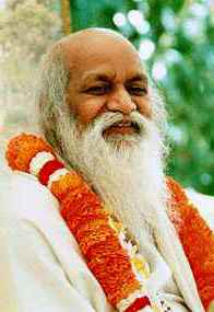 Maharishi Mahesh Yogi (photo)
